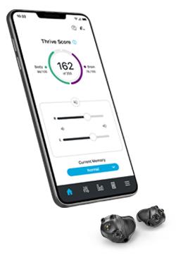 Smartphone und zwei Im-Ohr-Hörgeräte